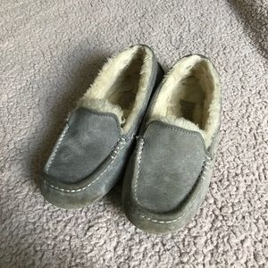 UGG Ansley grey moccasin slippers